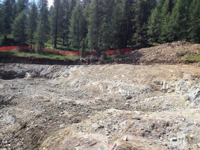 FUNIVIE-FOLGARIDA-MARILLEVA-preparazione-sito-e-sparo-mine-per-sbancamento-in-roccia-(3)